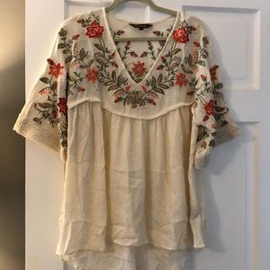 NWOT Embroidered Tunic